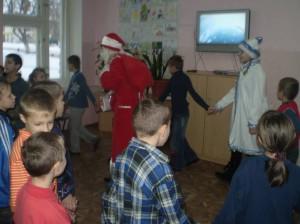встречаем Деда Мороза и Снегурочку